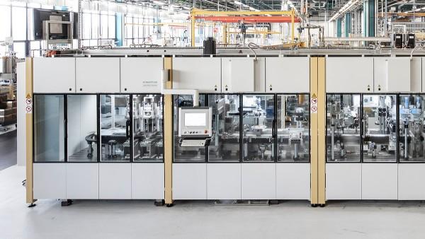 Automatická montážna a skúšobná linka vo výrobe