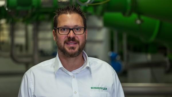 Thomas Schmitz, Service Manager Condition Monitoring v spoločnosti Schaeffler.